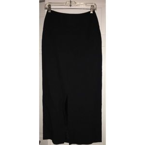 Harold's black tie mermaid skirt - front slit (2)